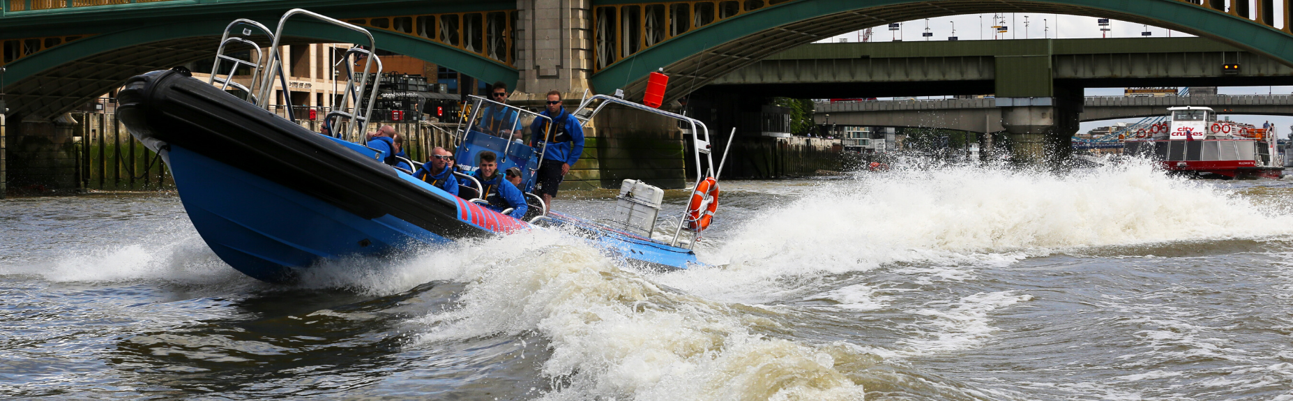 most-fun-thames-speedboat