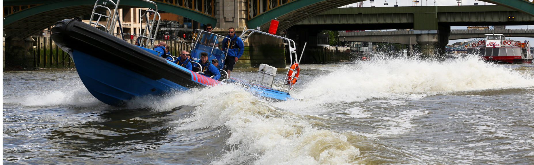 rent-thamesjet-in-london